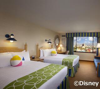 ディズニー直営ホテル泊