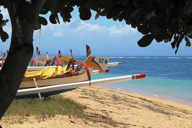 【秋・冬旅行は早期予約がお得!】ガルーダインドネシア航空直行便利用 +WIFIレンタル無料+お土産に人気のエリプスプレゼント♪