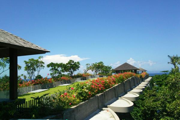 バリ島をゆっくり楽しむならサヌール!バリらしいホテルも多く、初めてのバリ島にもオススメのエリアです!