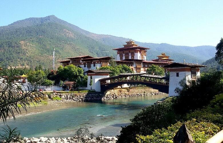 【徹底解明】世界一幸せな国・ブータンが幸せである本当の理由を解説します