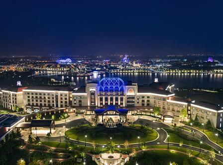 ディズニーランドホテル<br>(上海迪士尼楽園酒店)