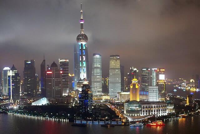 6~8月出発上海タイムセール実施中!毎年混雑する夏の上海!オトクに行くなら早期予約がお買い得!!