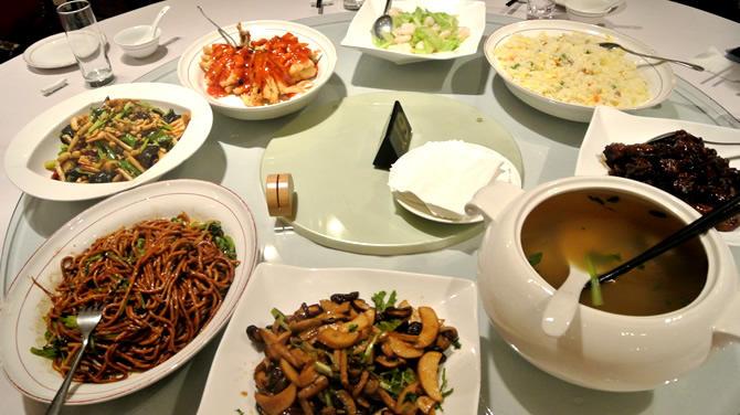 上海旅行でグルメツアー!必食の3大名物料理と覚えておきたいレストランのマナー