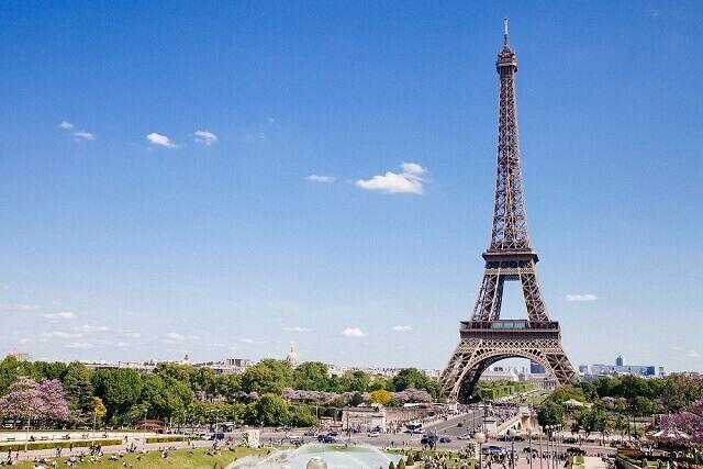 【パリ×ドバイ 2か国周遊プラン】一度の旅行で2度楽しい!花の都パリ×最先端の都市ドバイを一度に回る!
