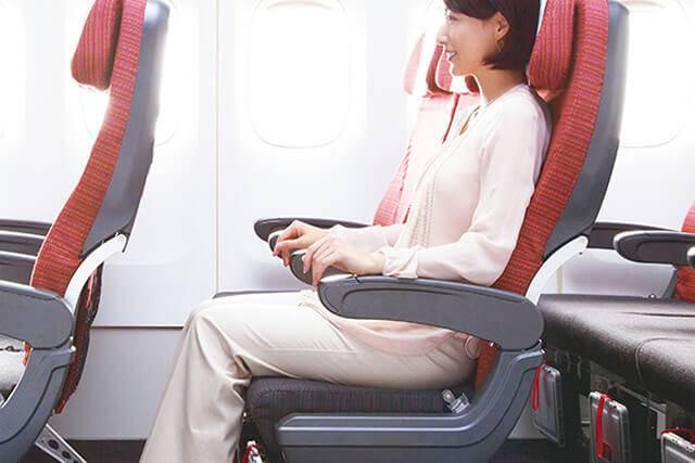初めて海外・初めて飛行機の方でも、人気の日系JAL直行便で安心してハワイへ出発!!
