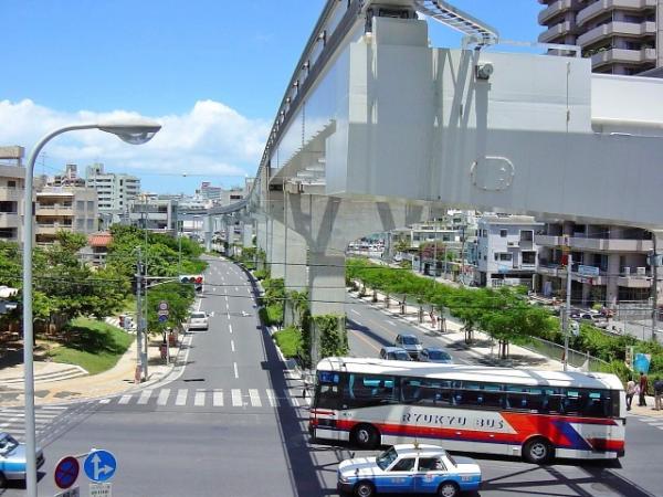 沖縄を存分に観光したい!どんな移動手段がある?