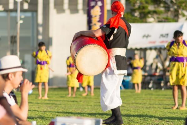 夏以外に楽しめる沖縄のお祭り