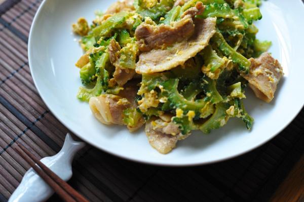 独自の進化を遂げた沖縄の食文化