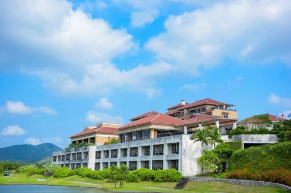 ザ・リッツ・カールトン沖縄が5周年企画
