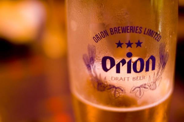 ビール祭りで沖縄の夏の夜