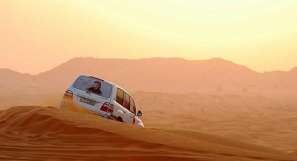 人気NO1の砂漠ツアー付&割引アリ♪