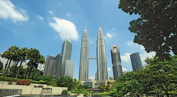 年末は常夏の国へ!お隣席確約♪直行便マレーシア航空で行くクアラルンプール!