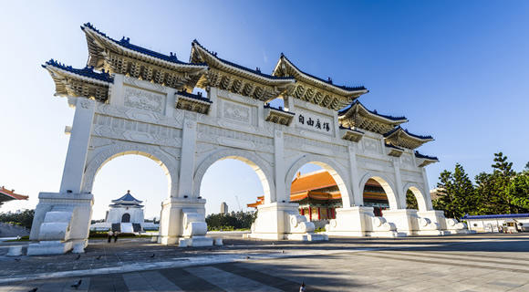 今年の年末年始は人気の台湾・台北へ★<br>【座席確保済】フィリピン航空で行く!