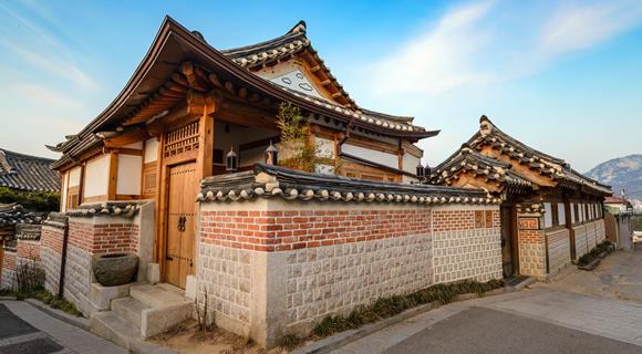 【WEB予約限定】10月発限定!人気上昇中LCCエアソウルで行くで行く韓国・ソウル旅行