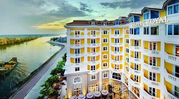 【成田発】*世界遺産の街:ホイアンに泊まる*5つ星のおしゃれなホテル「ロイヤルホイアンMギャラリー」指定