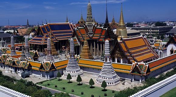 文化と国際色豊かな都市、バンコク。