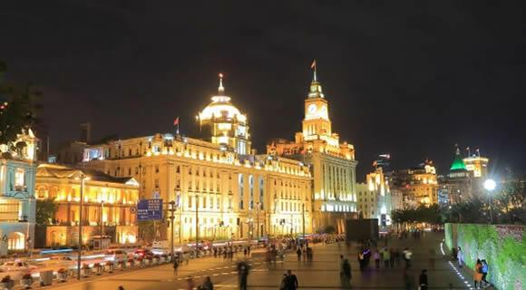 《WEB予約限定》中国東方航空の直行便で行く上海