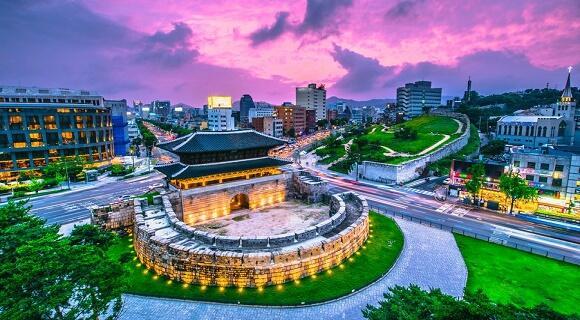 【4名1室プラン】4~7月出発:アシアナ航空で行く韓国・ソウル旅行