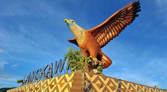 【出発日限定・お隣席確約♪】2-3月マレーシア航空で行くランカウイ島