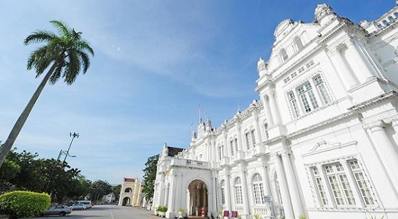【出発日限定・お隣席確約♪】2-3月マレーシア航空で行くペナン島