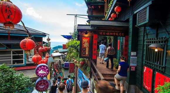 【夏休み最終値下げ!】エバー航空で行くおトクな台湾・台北旅行!