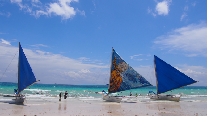 今話題のフィリピン・ボラカイ島!実際に見てきた情報をお伝えします