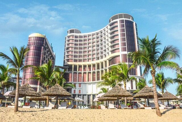 ビーチ沿いの好立地4つ星ホテル★「ホリデービーチダナン」宿泊プラン、販売開始!