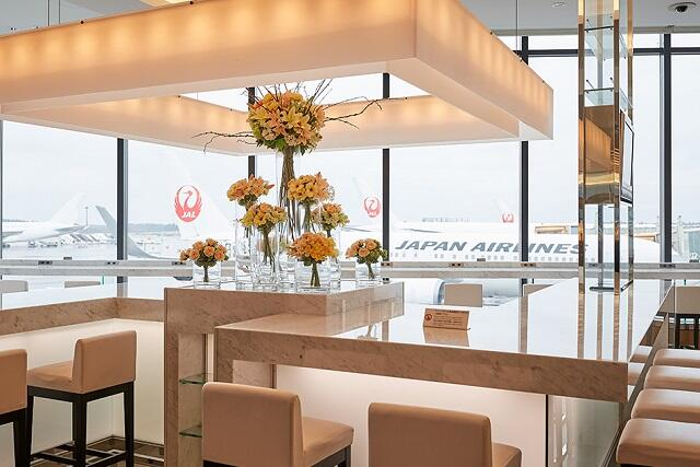 \JALビジネスクラス利用販売開始/移動から優雅な旅を。こだわりの機内食もお楽しみください!